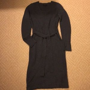 Banana Republic gray Mini sweater dress w/belt